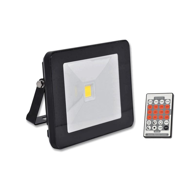 Venkovní SLIM LED reflektor 30W černý s dálkovým ovladačem ECOLITE